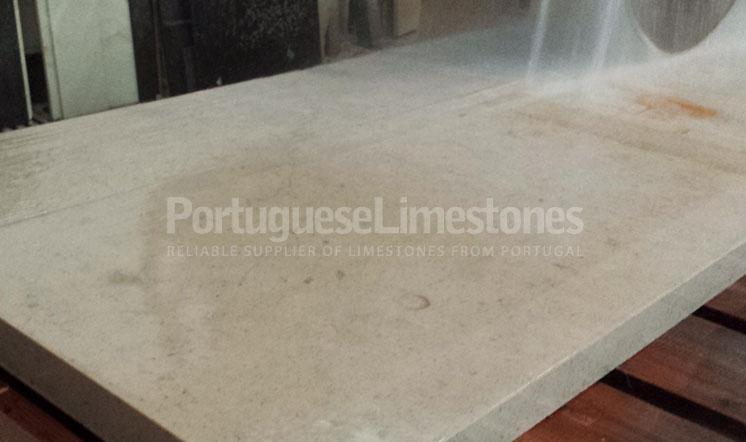 Moleanos Blue limestone production