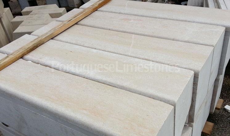 Ataija Beige limestone kerbs