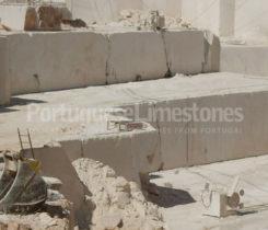 Limestone quarry extraction