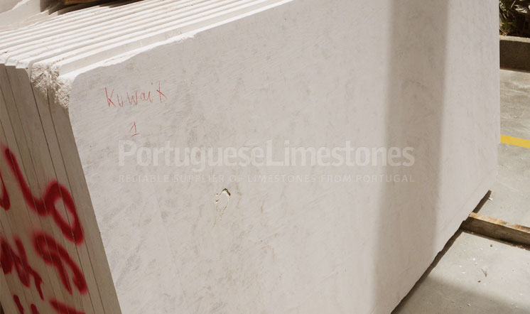 Moca Cream cross-cut limestone slabs